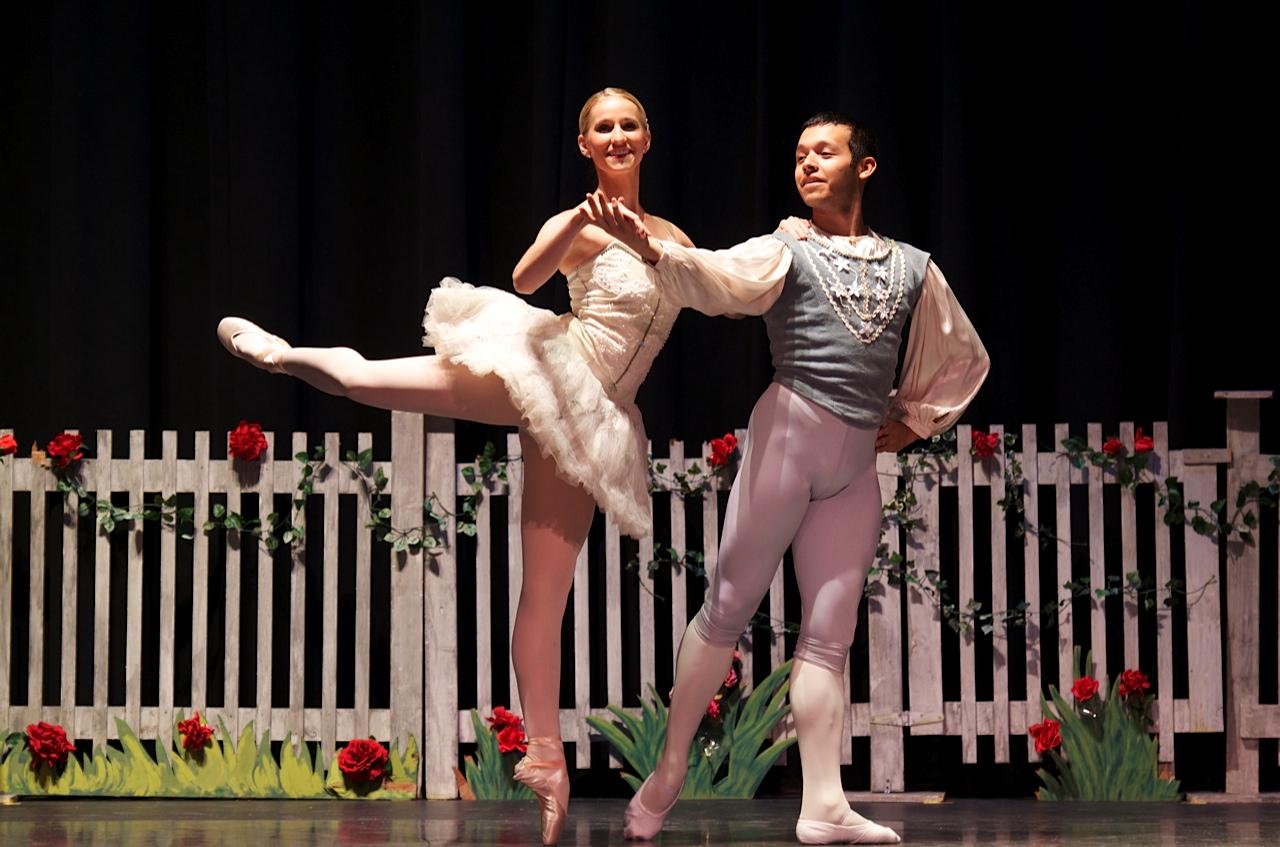 Robert Ivey Ballet