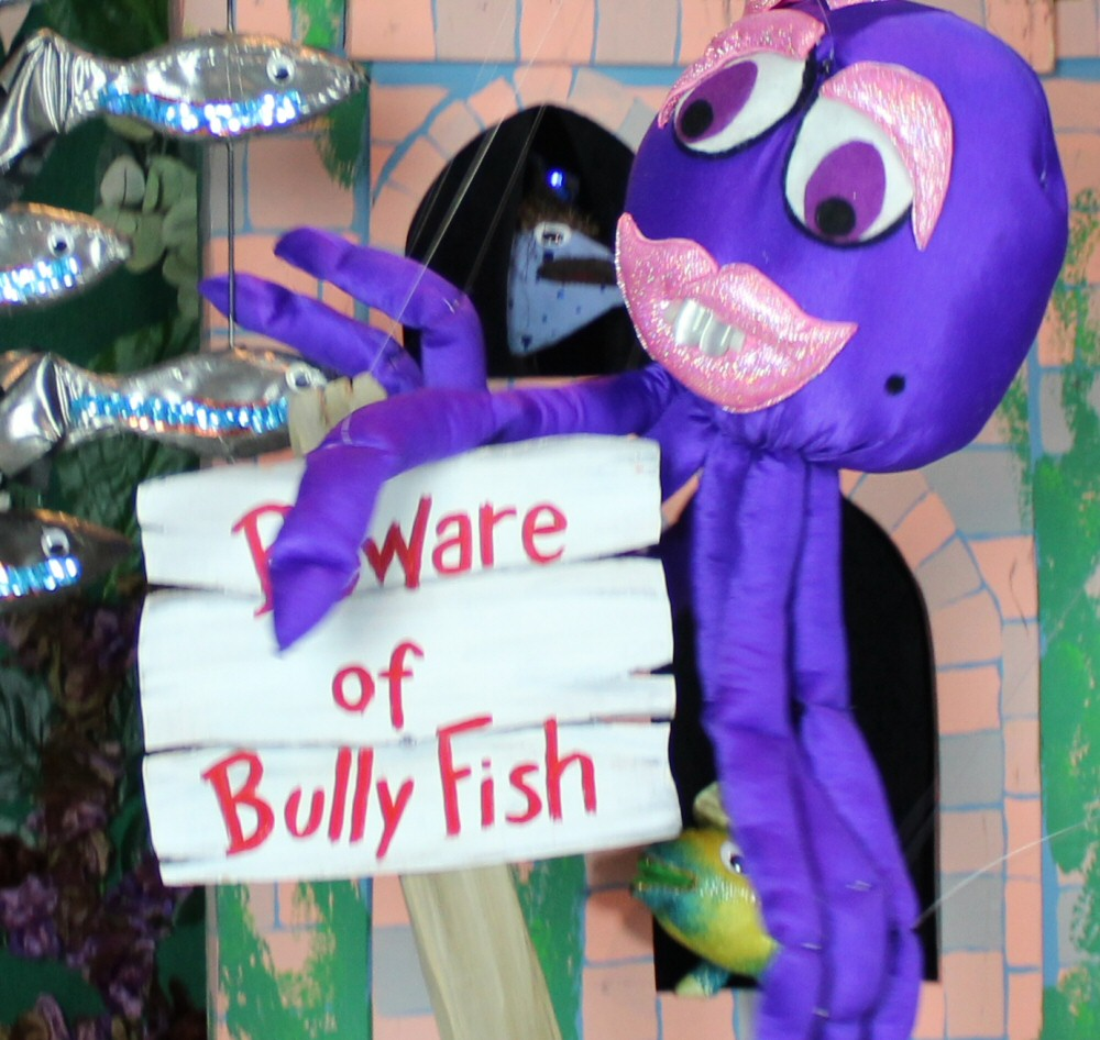 Columbia Marionette Theater: The Legend of the Bully Fish