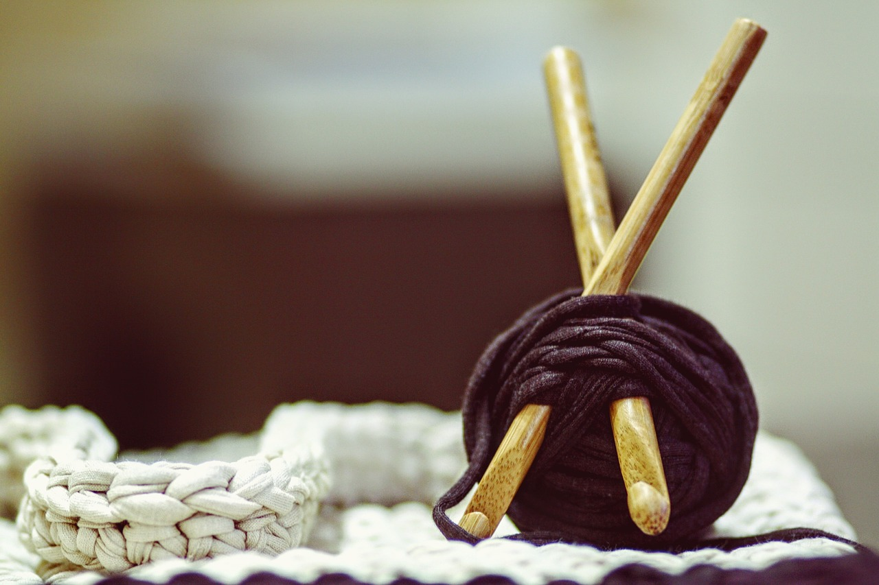 Knit and Purl: A Casual Knitting Group