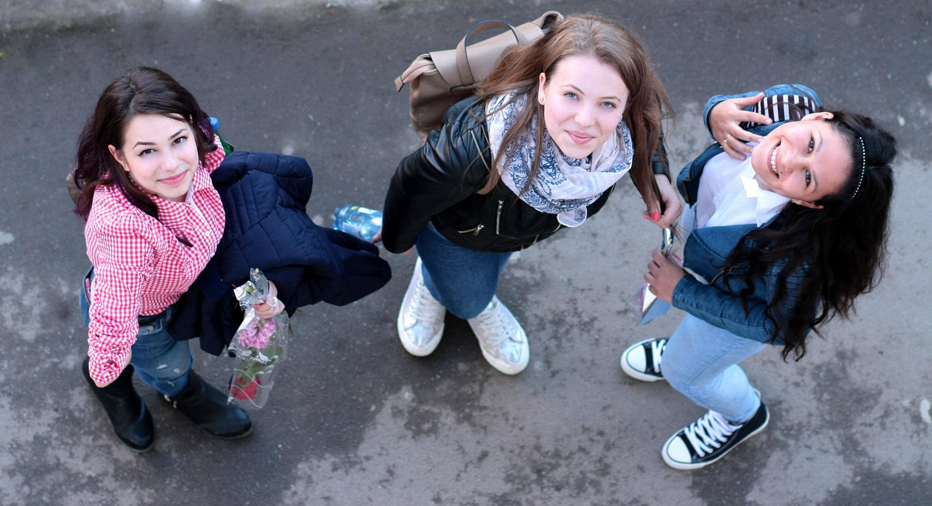 Teen girls - Teens