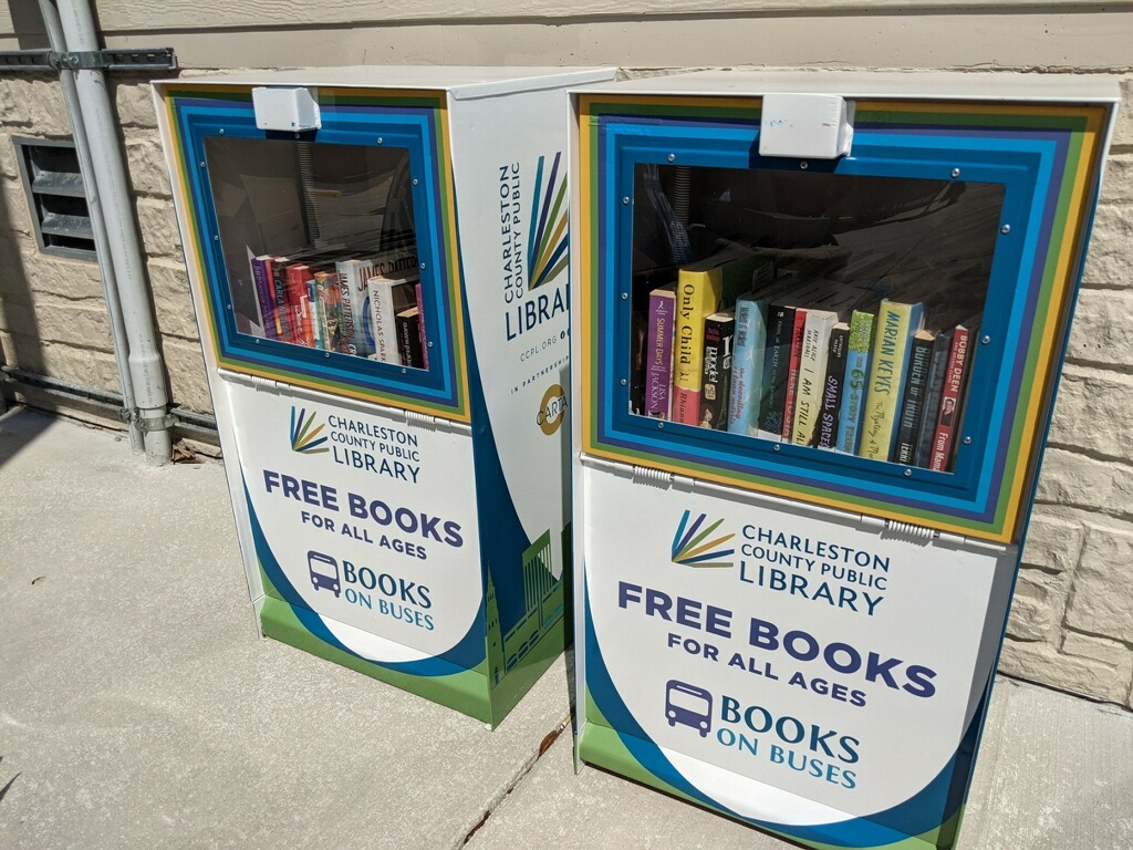 Books on the Go: CCPL, CARTA bring free books to 2 Charleston bus stops