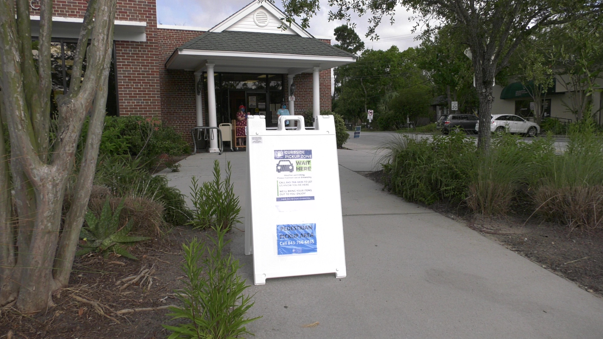 CCPL begins curbside at downtown library branches