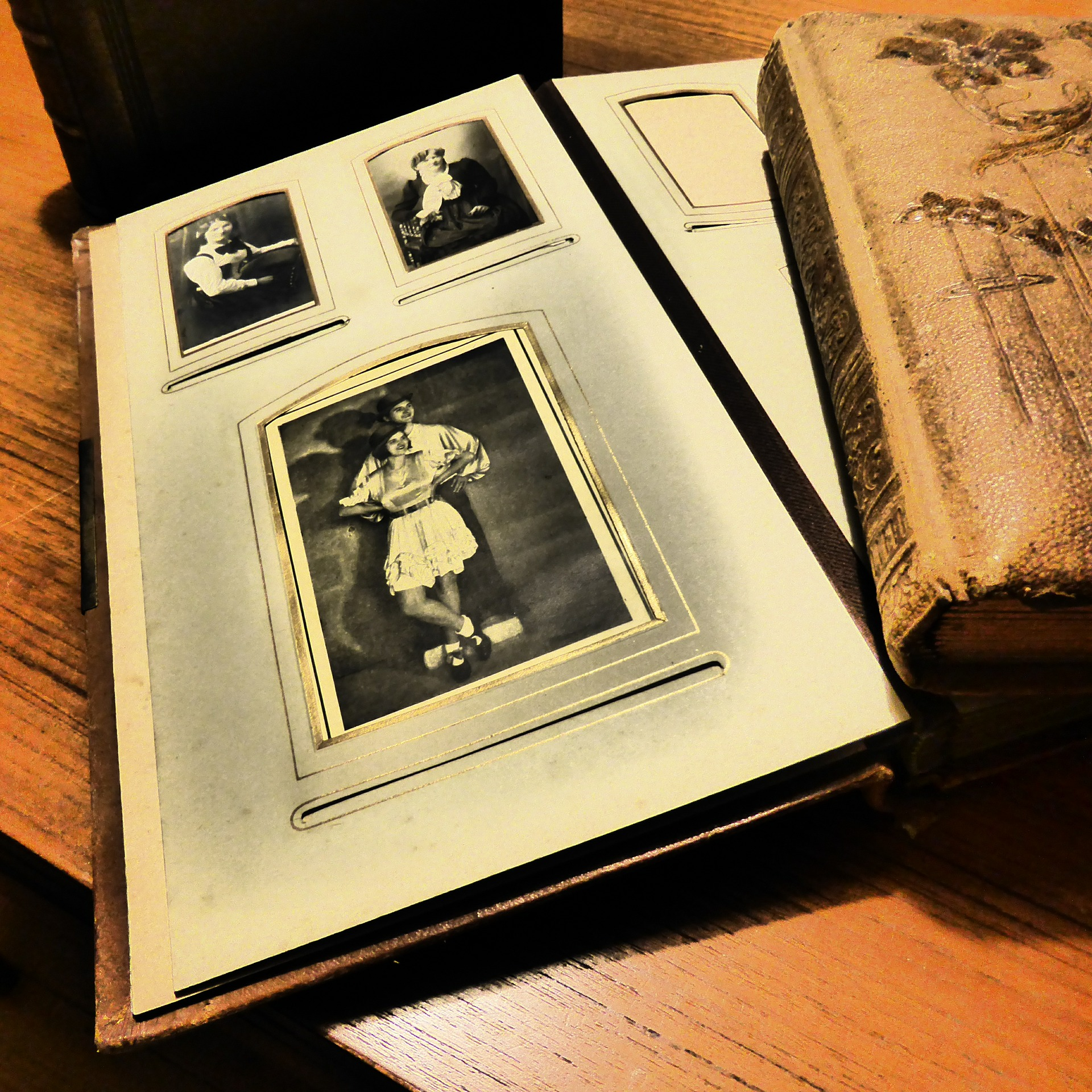 How to Preserve Family Archives (papers and photographs)